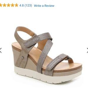 Crown Vintage Wedge Sandal